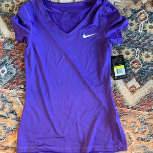 Women's Nike dry fit shirt